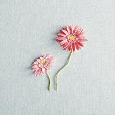 花刺しゅう ガーベラ
