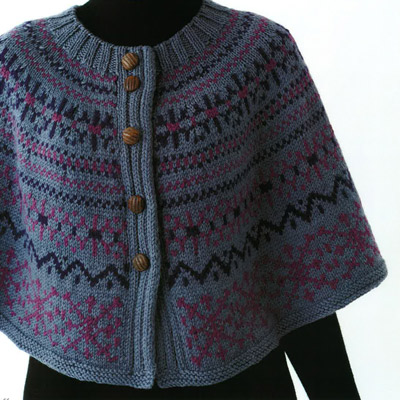 編み込み模様のポンチョ